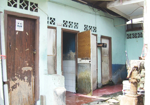 Project to spread public rest rooms in Indonesia (before)-2008